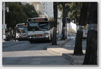 bus150824